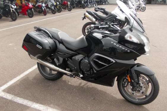 Nouvelles motos de démonstration